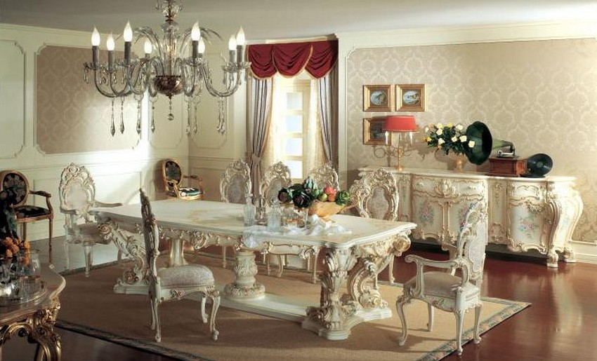 Impressive Victorian Style Dining Room
