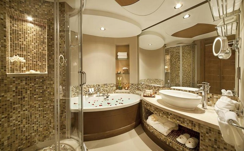 Luxurious Bathroom Design Tile or Bathtub
