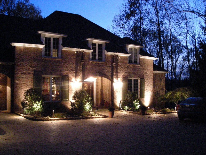 Elegant Outdoor Lighting