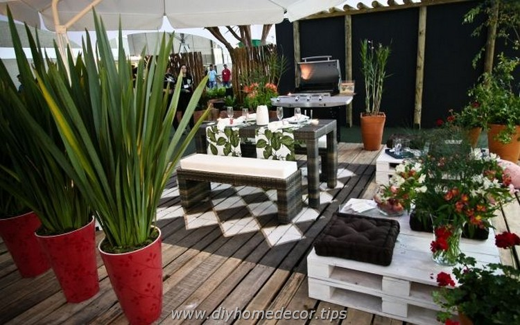 Outdoor Pallet Furniture