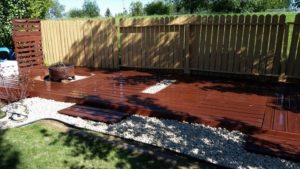 Pallet-Garden-Deck