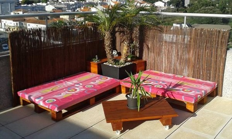 Pallet-Terrace-Furniture