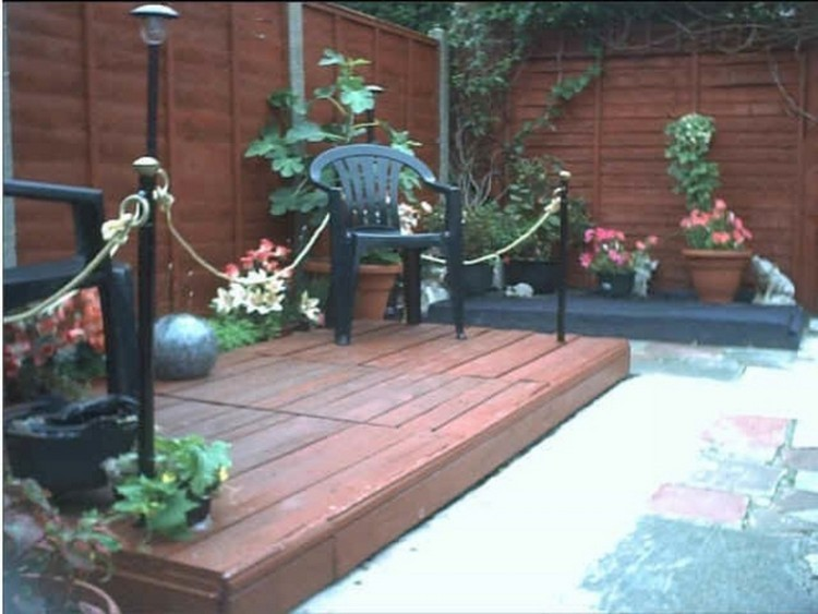 Wood-Pallet-Deck