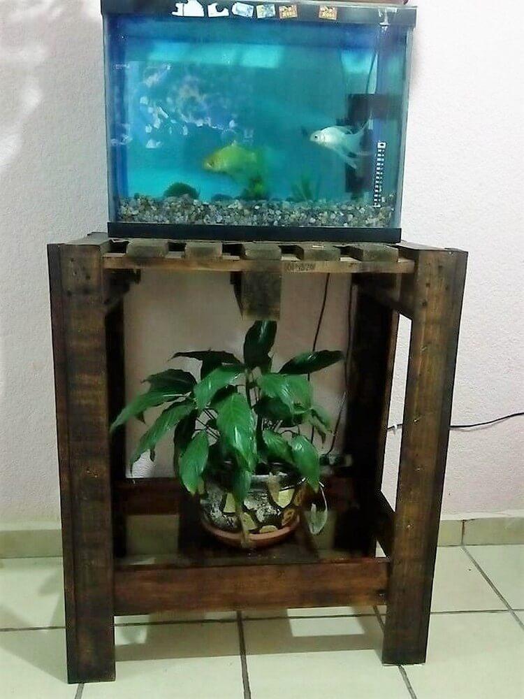 Pallet Aquarium Stand