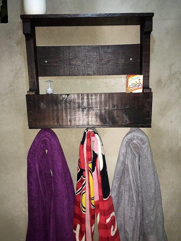 Pallet Bathroom Shelf and Coat Rack