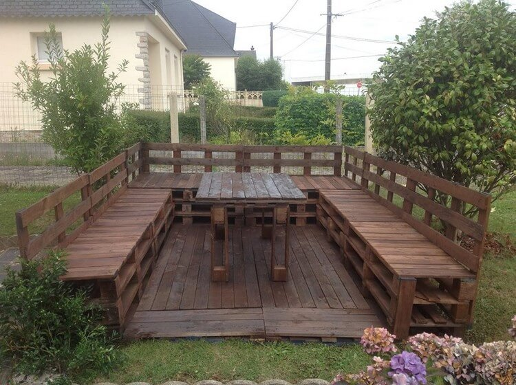 Pallet Garden Terrace with Furniture Set
