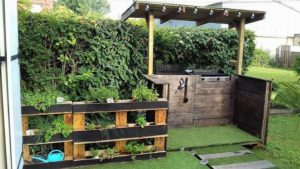 Pallet Outdoor BBQ Grill and Planter