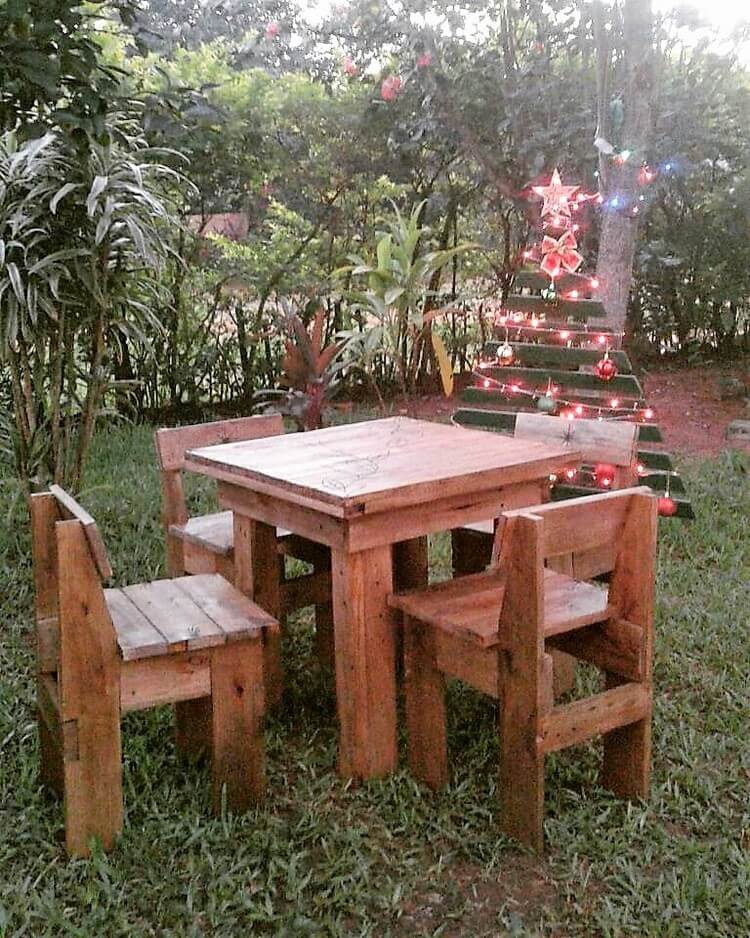 Pallet Table and Chairs Furniture Set for Garden