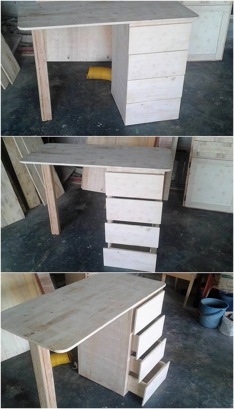 Recycled Pallet Office Desk Table