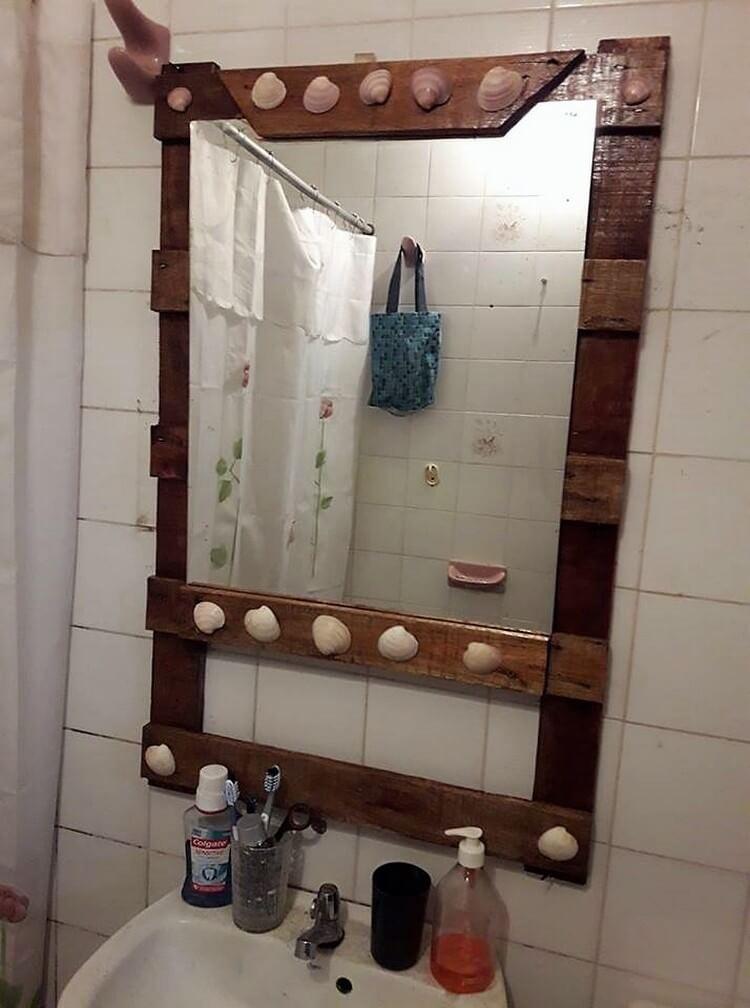 Pallet Bathroom Mirror