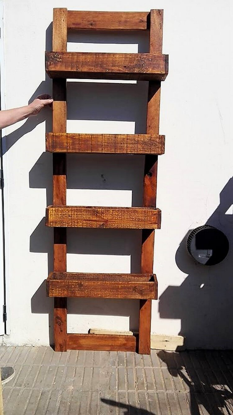 Pallet Wall Planter Shelves