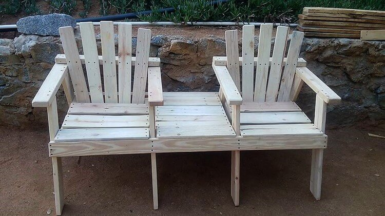 Wood Pallet Chairs with Center Table