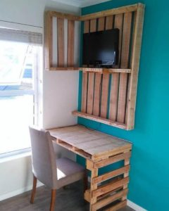 Pallet Study Table and Wall LED Stand