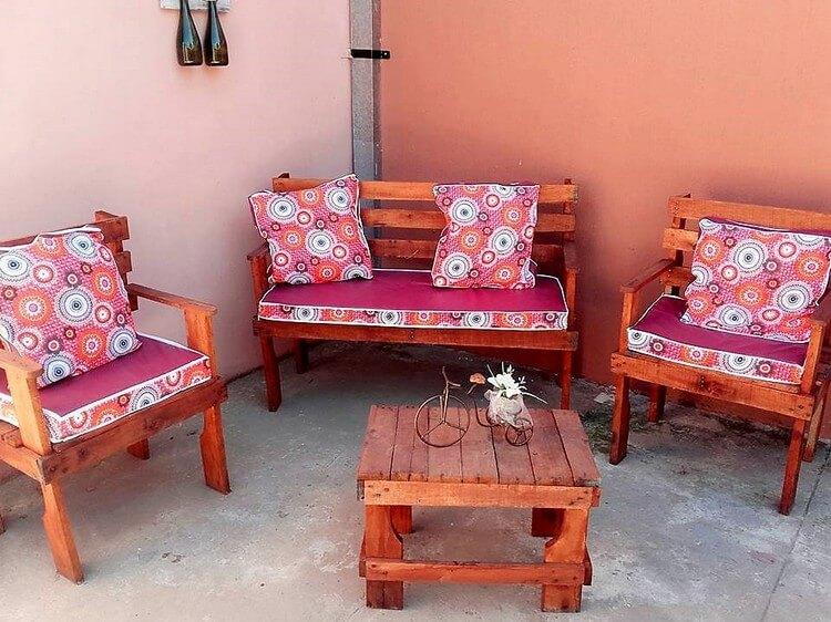 Pallet Furniture Set