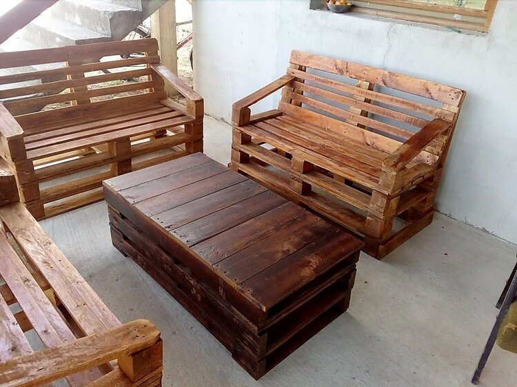 Pallet Patio Benches and Coffee Table