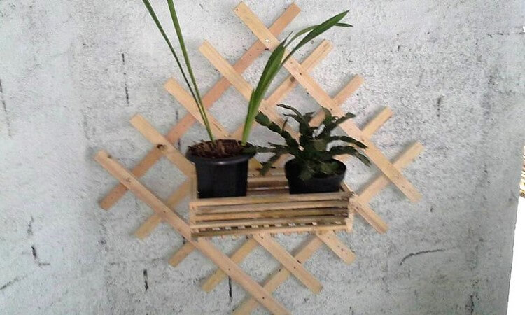 Pallet Wall Decor Idea