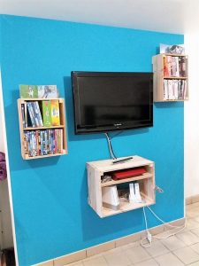 Pallet Book Shelves and Media Shelf