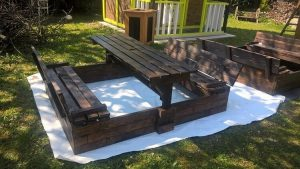 Pallet Garden Table with Benches