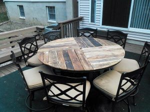 Pallet Round Top Dining Table