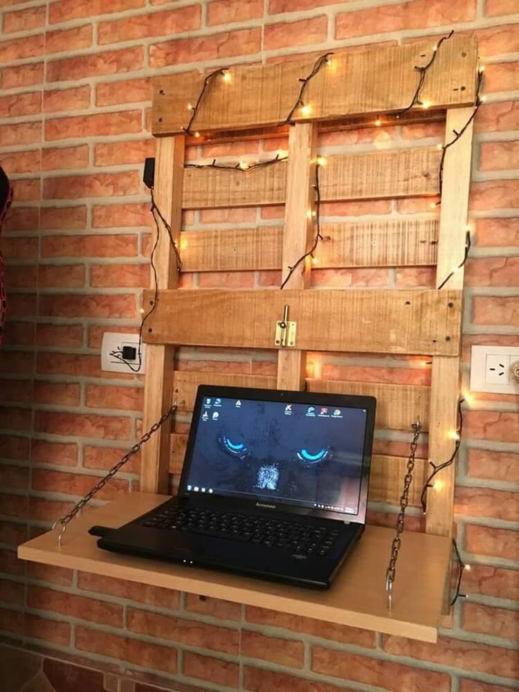 Pallet Wall Folding Desk