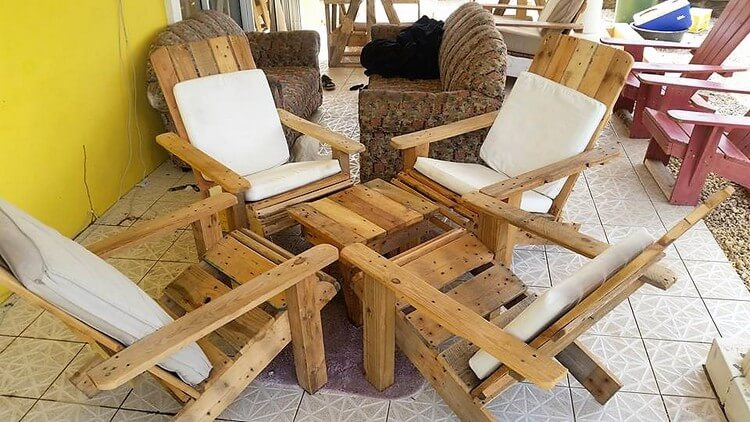 Pallet Adirondack Furniture Set