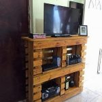 Brilliant Crafting Ideas with Wasted Pallets