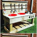 Creative DIY Ideas with Recycled Shipping Pallets