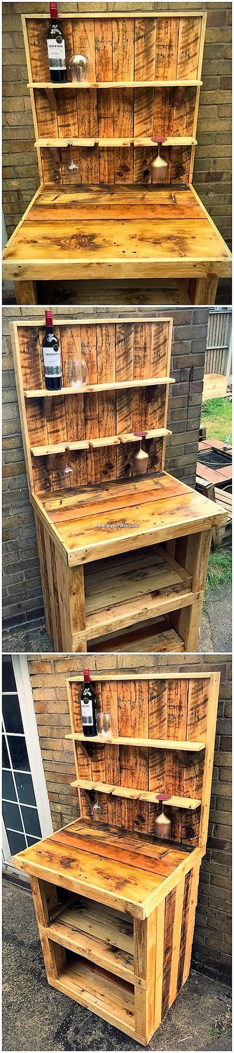 Pallet Wine Rack with Desk Table