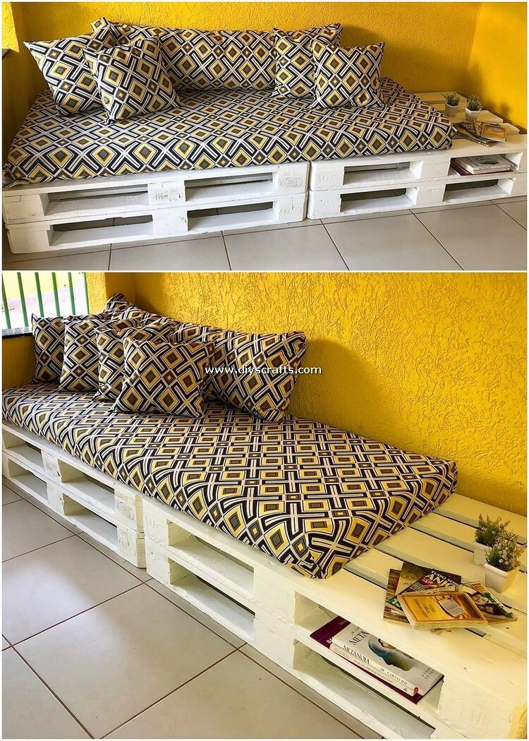 Pallet-Couch-or-Daybed