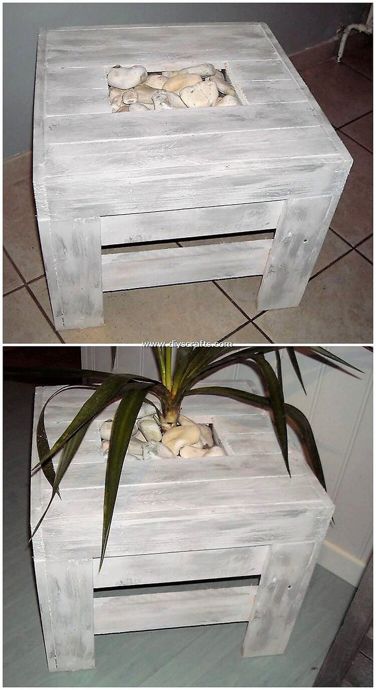 Pallet-Table-with-Planters