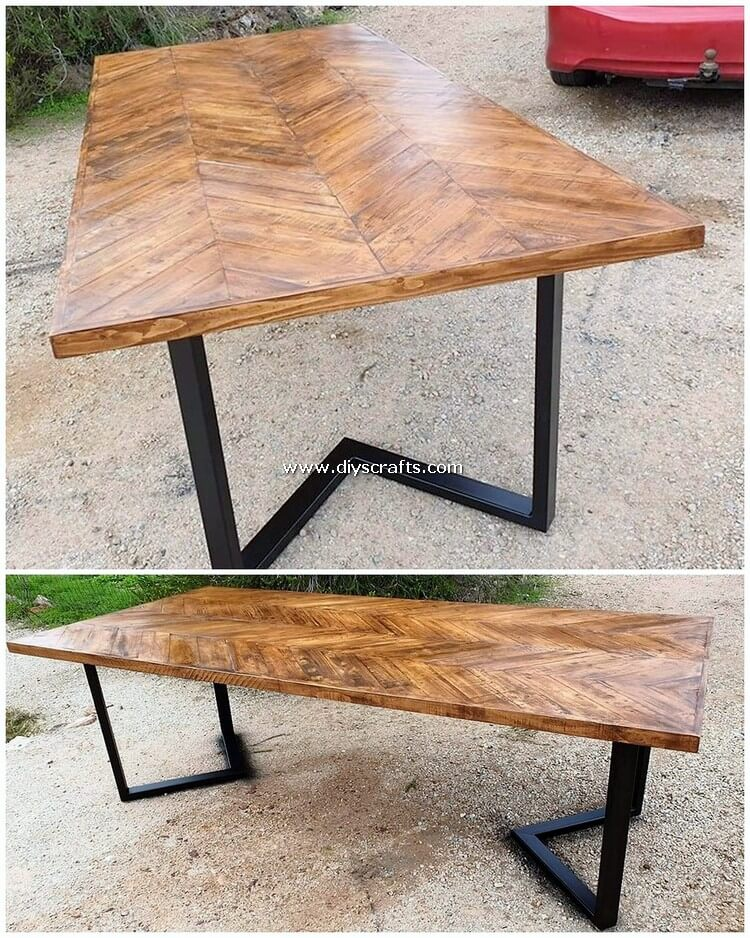Wood-Pallet-Table-2